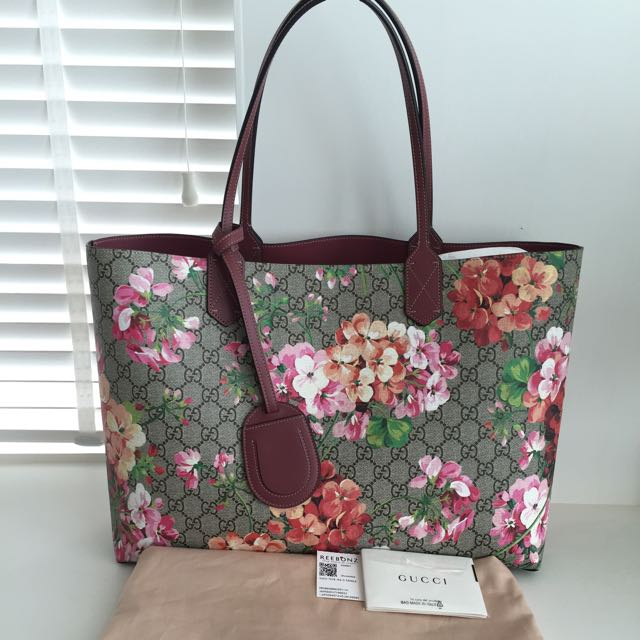 606ac3f99c2e Gucci GG Blooms Leather Tote, Luxury, Bags & Wallets on Carousell