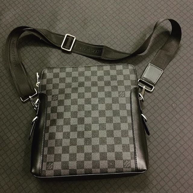 Louis Vuitton Men Shoulder Bag