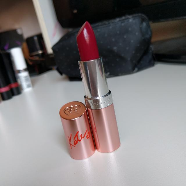 NEW Rimmel London Lipstick