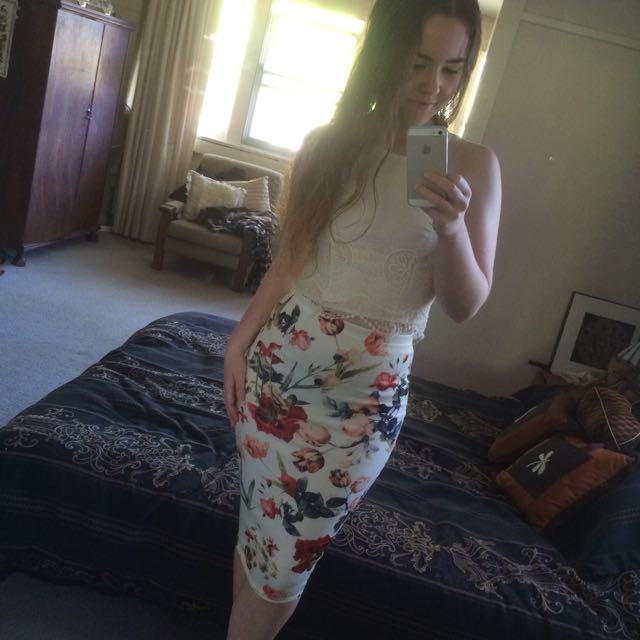 'Pretty Little Thing' Floral Midi Skirt