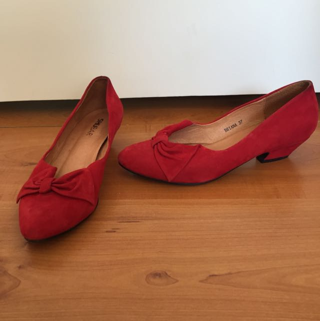 Shubar Red Shoes