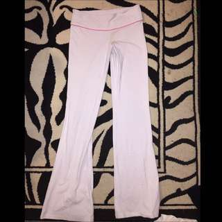 White TNA Pants ! Size Small Like New