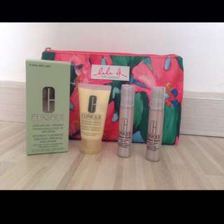 Face Moisturizing Lotion 125ml , Extra Small Tube 30ml. Dan 2 Serum. Include Free Pouch. 750rb