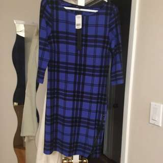 Brand New Le Chateau Dress