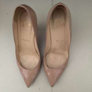 Christian louboutin Shoes Size 35.5 Nude