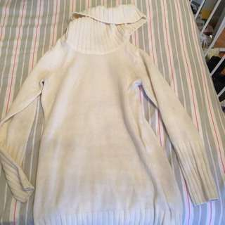 White Turtle Neck Jumper Size S