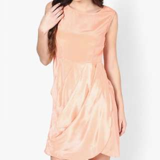BNWT Peach Dress Size S