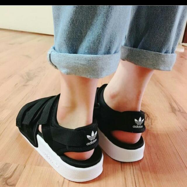 Adidas 三葉涼鞋