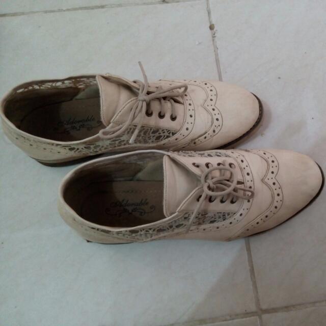 Reprice! Adorable White Shoes