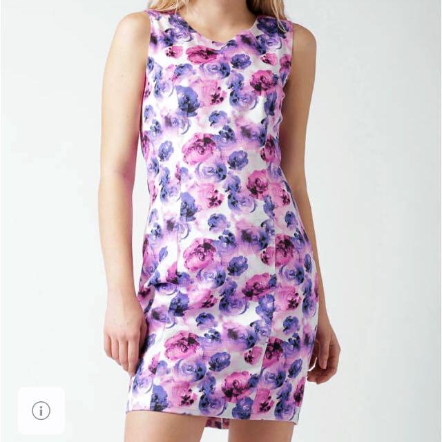 BNWT Stunning Spring Dress