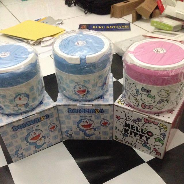 Box Nasi Karakter Hellokitty Dan Doraemon