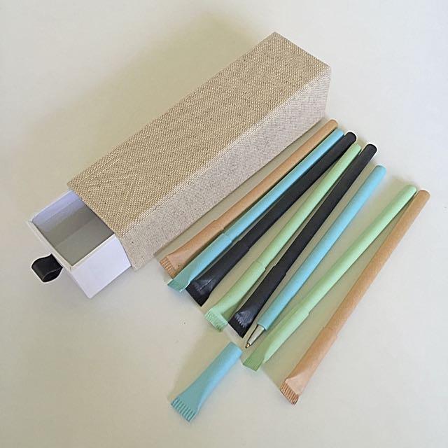 Box of 8 Black Pens