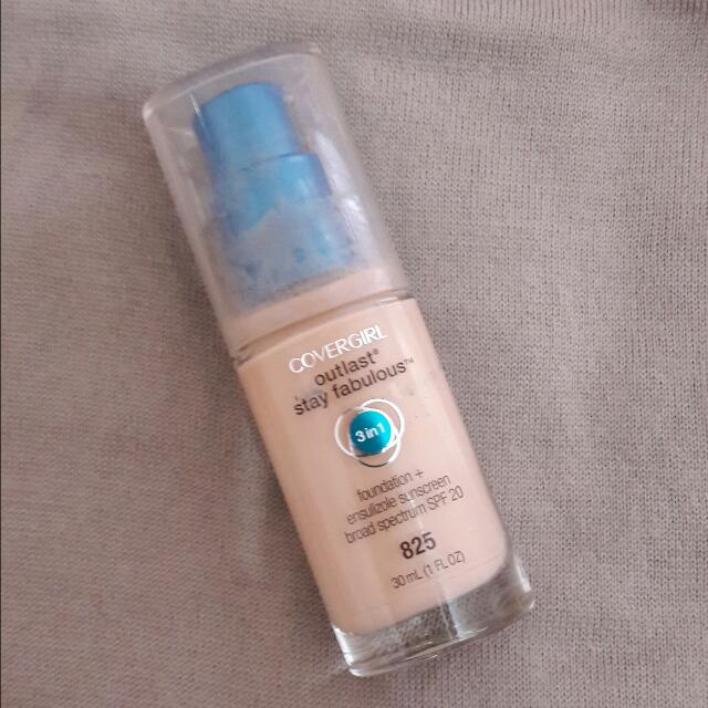 ((BOOKED)) COVERGIRL Outlast Stay Fabulous 3 in 1 Foundation