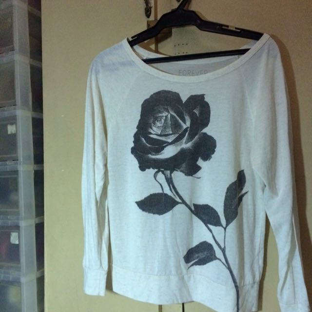 Forever 21 Long sleeved Rose Top