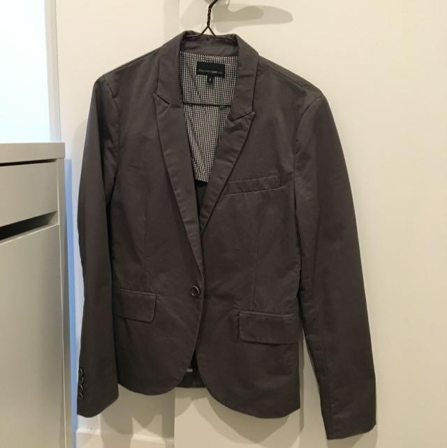 izzue Jacket Size s Color Grey