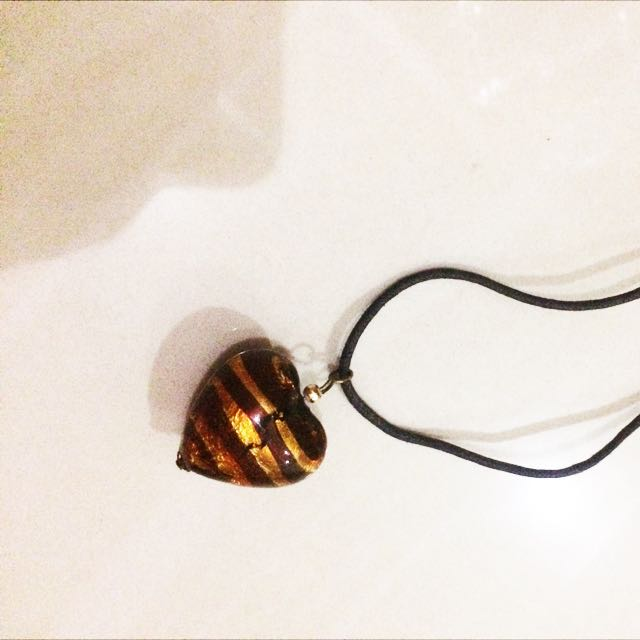 Kalung Hati Necklace Love Brown Coklat