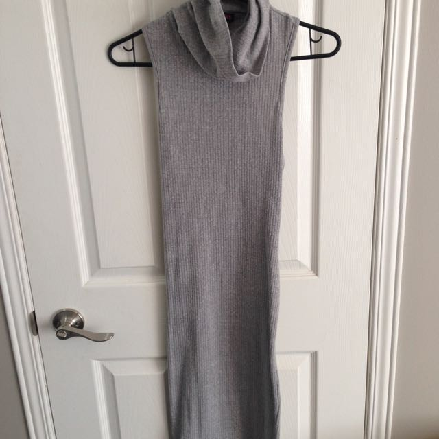 Long Fitted Knit Grey Dress
