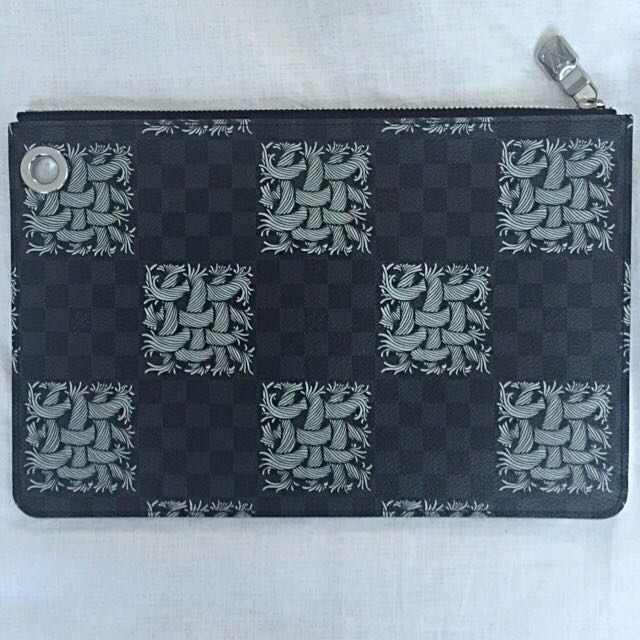 Louis Vuitton Pochette Jour PM