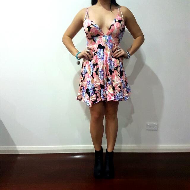 Size 12 Low Cut Floral Summer Dress