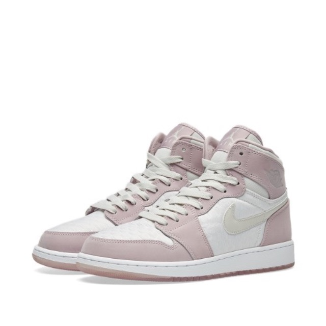NIKE AIR JORDAN 1 RETRO PREMIUM HC GG (Light Bone & Plum)