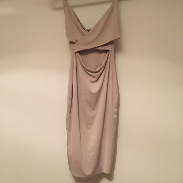 NUDE DRESS SIZE 8