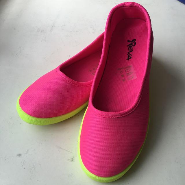 Reva Pink Flats