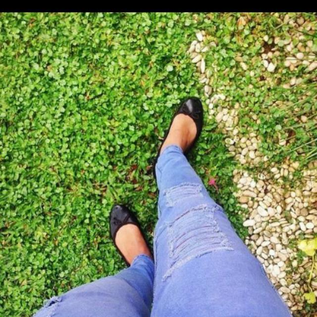 Ripped Jeans Sz 29-30