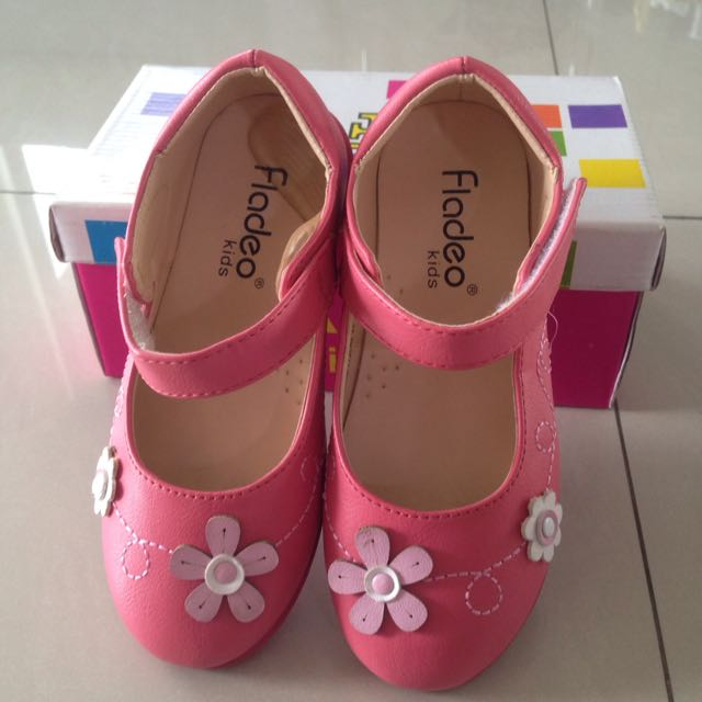 Sepatu Anak Fladeo Size 28, Insole Kurang Lebih 18cm . 180rb