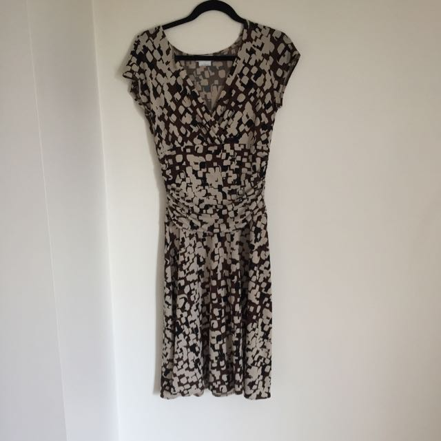 Van Heusen Dress Fits Size 8-12