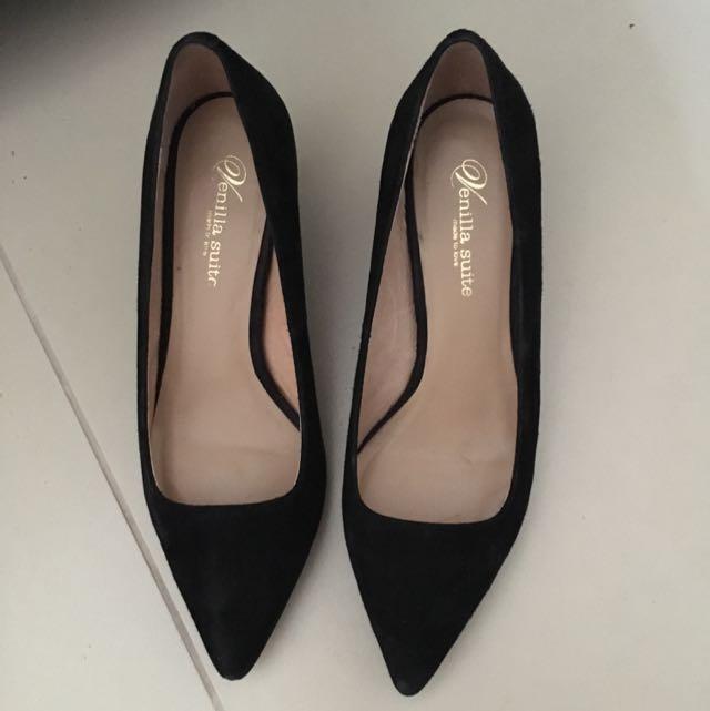 Venilla Suite Shoes Size 35