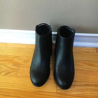 Black Booties by Just fab Size 9