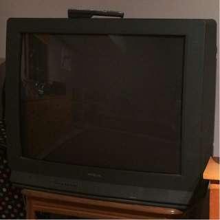 Hitachi 36 inch glass CRT TV