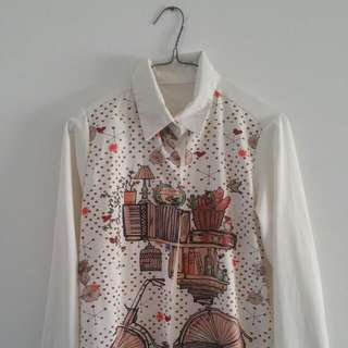 Pretty White Button Up Shirt With Image