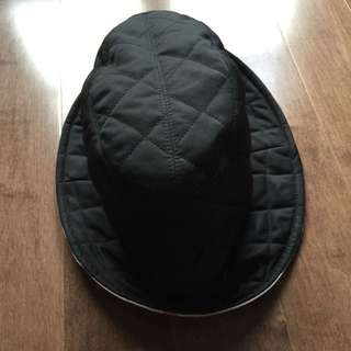 Burberry Quilted hat