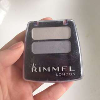 Rimmel London eyeshadow trio