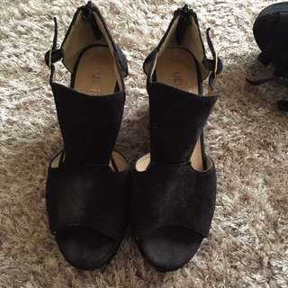 Black Low Wedges