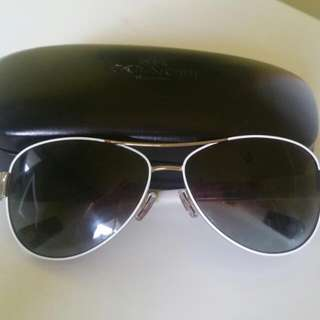 Coat Sunglass