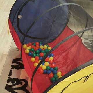 Kids Play Tunnel With Plastic Balls