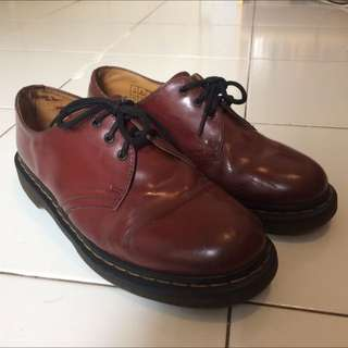 Dr martens original MIT Size 7 Cherry Red