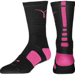 Nike 乳癌襪 Kay Yow