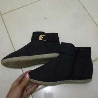 Sepatu Boots / Boots / Angkle Boots