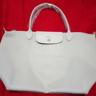 Longchamp Planates (Large)... BN Authentic