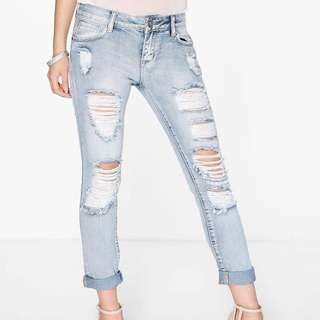 Light Washed Distressed Boyfriend Jeans XS