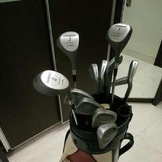 Full Set Golf Club - Cainbow Robertson Wilson