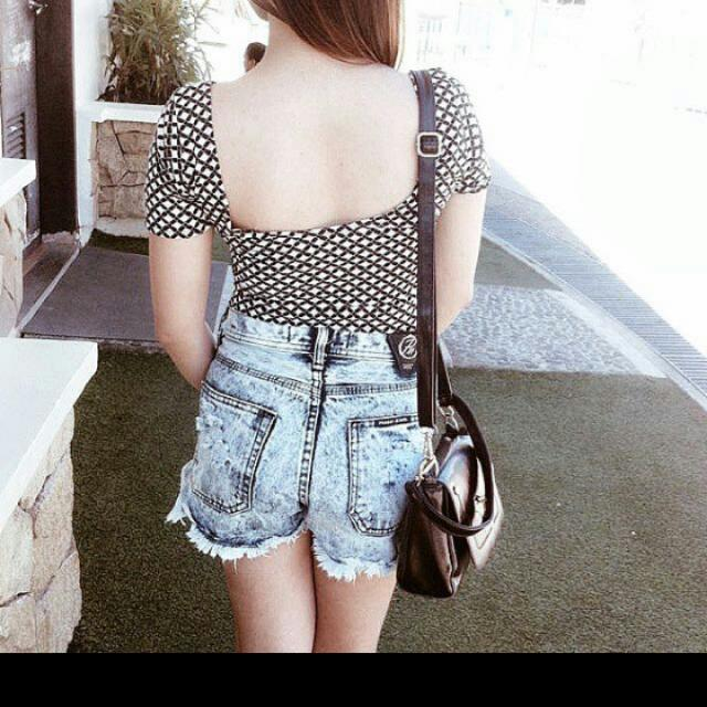 2 HW Shorts with Blouse.(bundle)