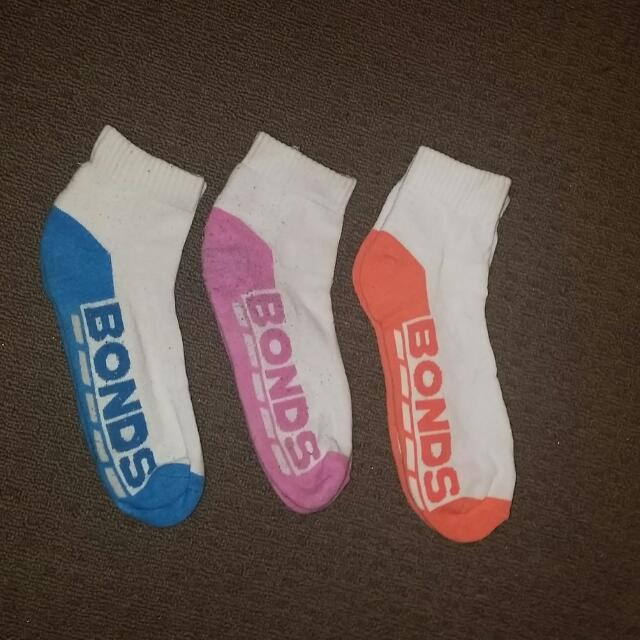 3 Pairs Of Bonds Socks Size 3-8