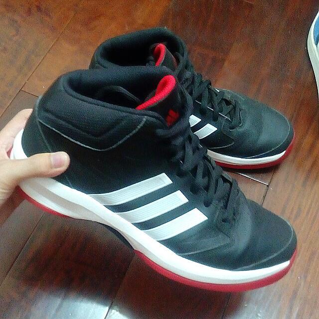 Adidas籃球鞋 降價賣💥