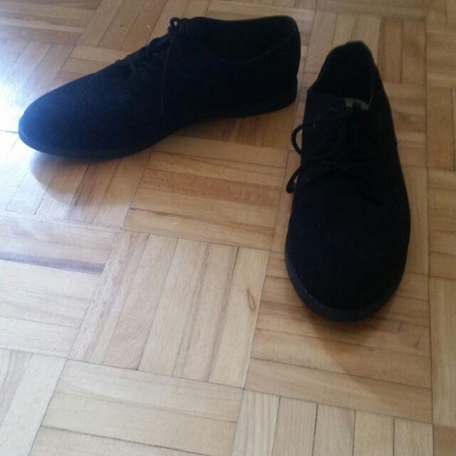 Black Forever 21 Shoes ; Never Worn ; Size 7.5 ; Originally 39.00$