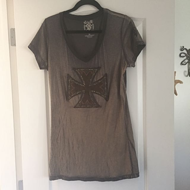 Buckle Short Sleeve T Shirt