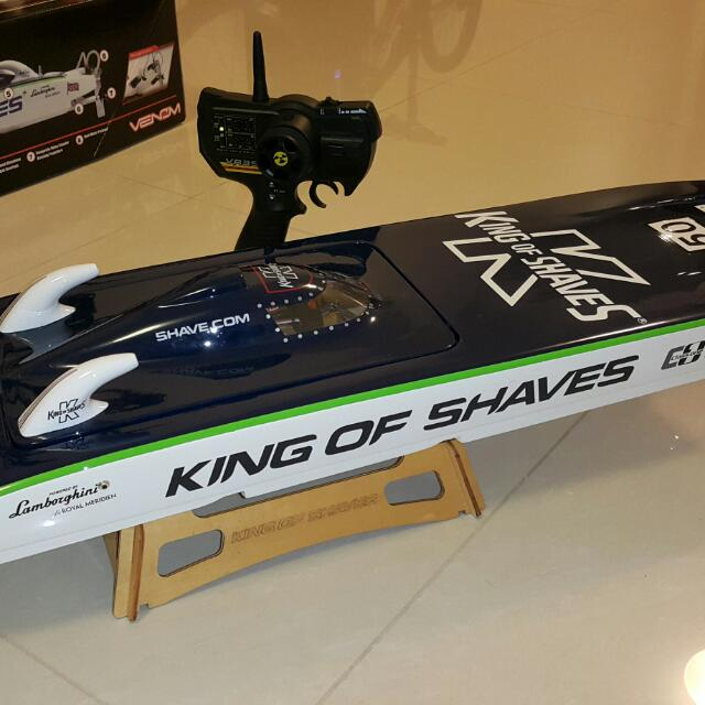 ELECTRIC RC BOAT WITH BRUSHLESS MOTOR 2 4GHz CONTROLLER